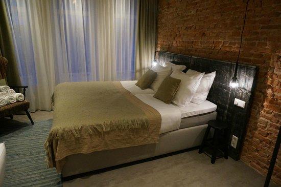 Hotel Dwars Amsterdam : Hotel dwars amsterdam the netherlands updated