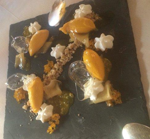 Ristorante Gellius : Sorbetto al fruto della passion e spuma di yogurt