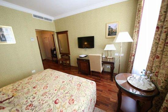 Swiss Hotel: 22号室