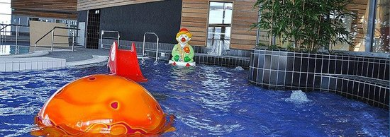 Douvres-la-Delivrande, Francia: bassin enfant