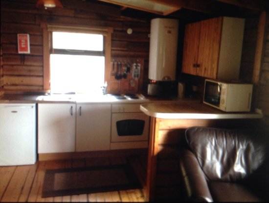 Altamount Chalets: Kitchen area, cabin 13