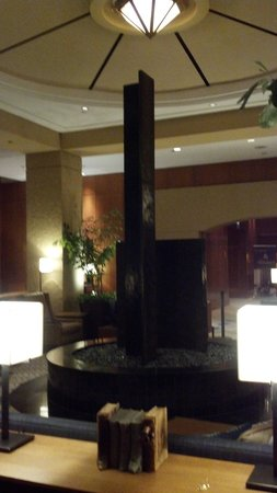 Sheraton Grand Chicago: Hotel lobby