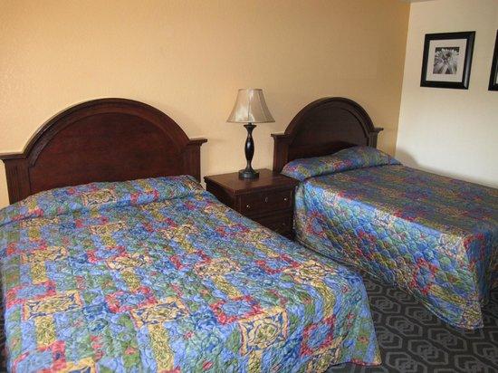 رود واي إن آند سويتس: les lits