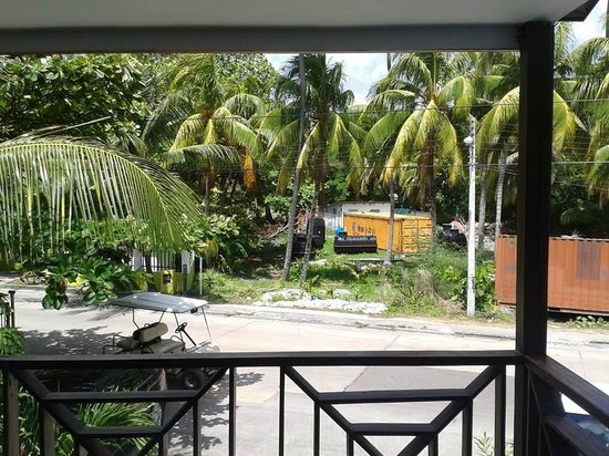Cocoplum Beach Hotel : vista da sacada