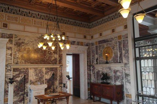 Villa Kérylos : -