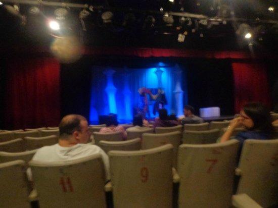 America Theater: não tinha muita gente mas foi muito bom a interação
