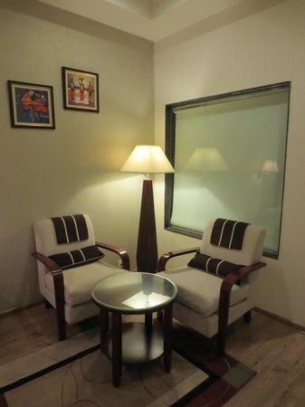 United-21 Citymark – Gurgaon: ガラスの向こうはバスルームです