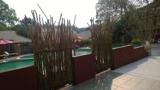 Tohsang Khongjiam Resort and Spa : Pool