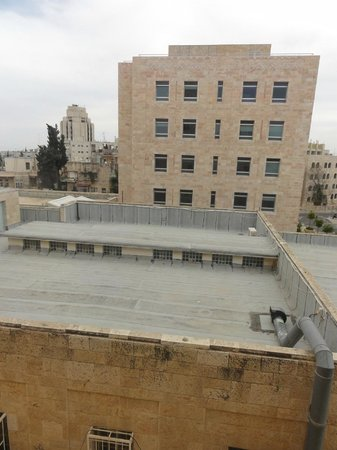 Jerusalem International YMCA, Three Arches Hotel: Вид из окна номера