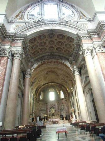 Basilica di Santa Maria degli Angeli e dei Martiri: 豪華な祭壇