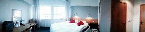 22 Hill Hotel : Room