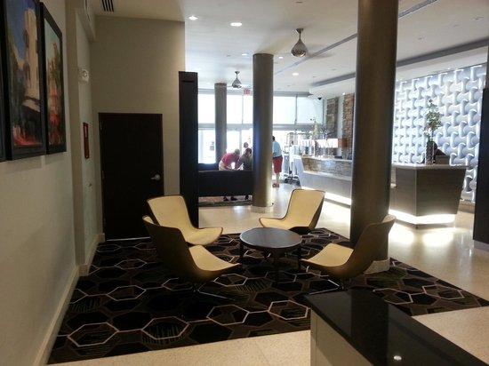 Courtyard Miami Beach South Beach : lobby