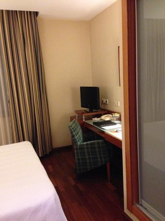 NH Barcelona Centro: double room