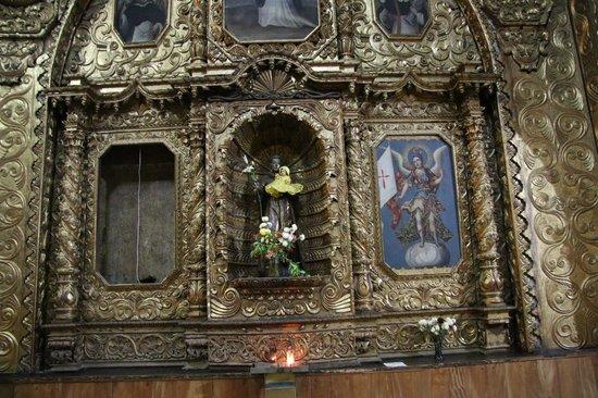 Templo de Santo Domingo: Side altar B