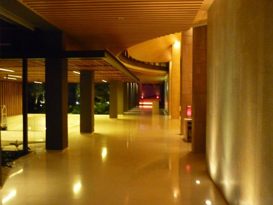 Renaissance Phuket Resort & Spa: LOBBY