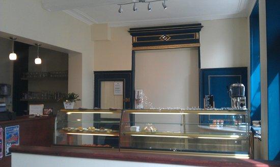 Salon Rodière: Le comptoir