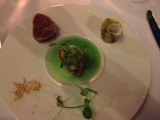 Ryan's Kitchen : Tuna for starter