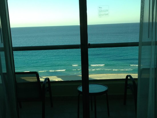 Live Aqua Cancun All Inclusive: View from our room during the day!