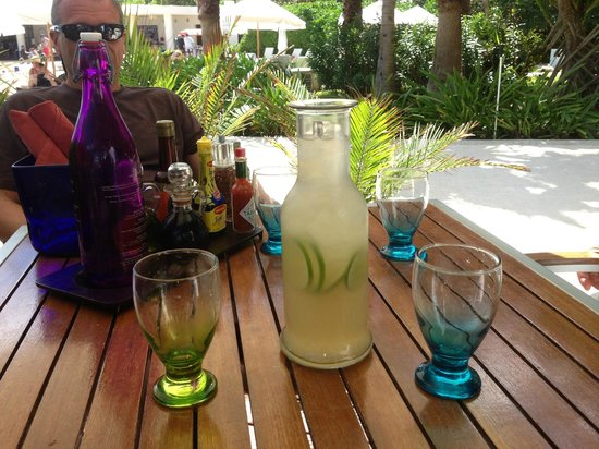 Live Aqua Cancun All Inclusive: Drink of the day at Varenna!