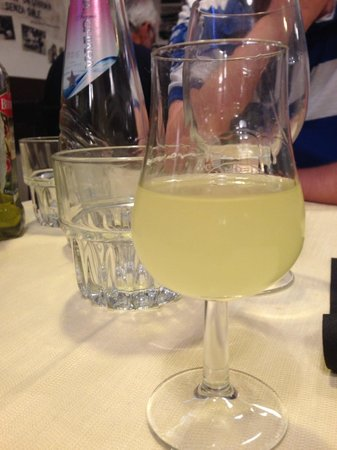 Osteria Ae Cravate: Limoncello