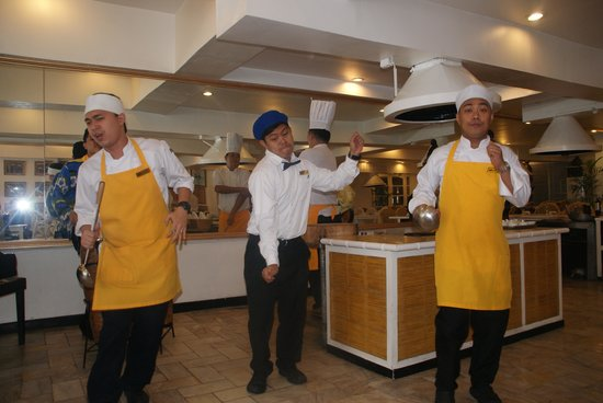 The Singing Cooks & Waiters : SInging Cooks and waiters