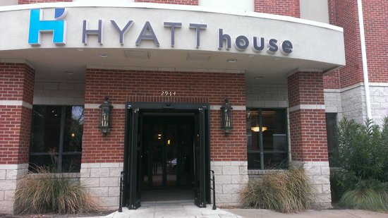 Hyatt House Dallas/Uptown: Entrance to the 'House'