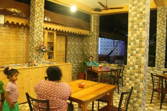 The Blue Bird Guest House: The restaurant