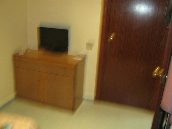 Hotel Aneto : bedroom