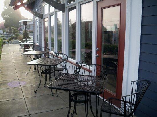 Christopher's Restaurant : Patio