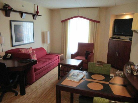 Residence Inn Amelia Island: Living room