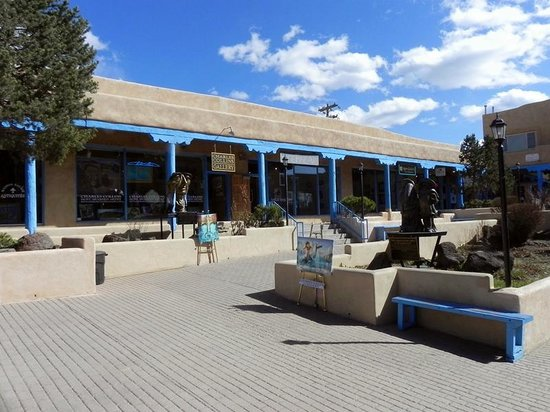 Galleries & Shops SE Corner of Taos Plaza