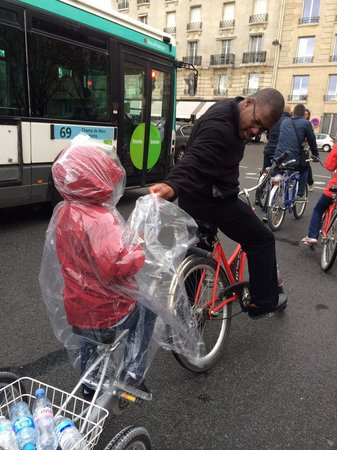 Fat Tire Tours Paris: Rain or shine :-)