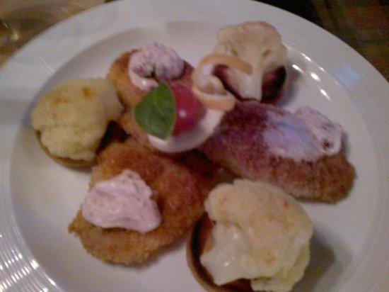 Zehmisch's: Schweinmedaillons mit Röstis und Blumenkohl