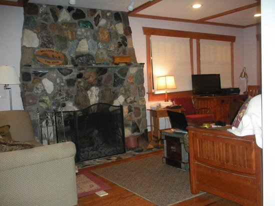 Washougal River : Interior shot with river rock fireplace