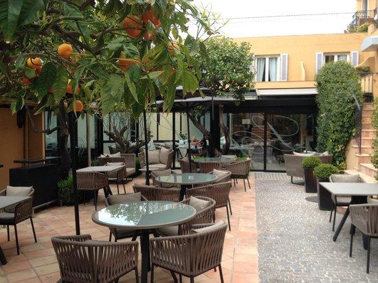 Hotel La Perouse : Das Restaurant (Aussenbereich)