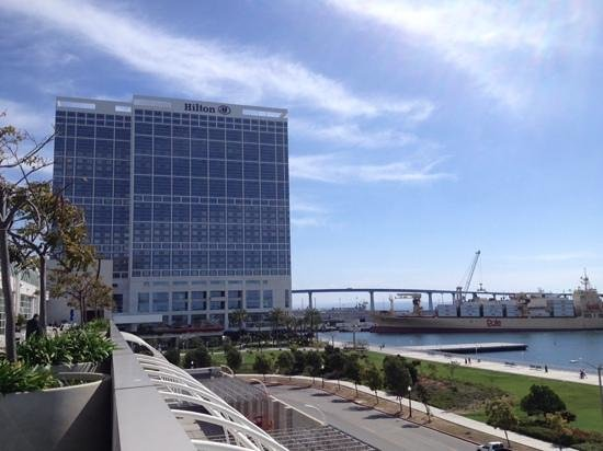 Hilton San Diego Bayfront: hotel from convention centre