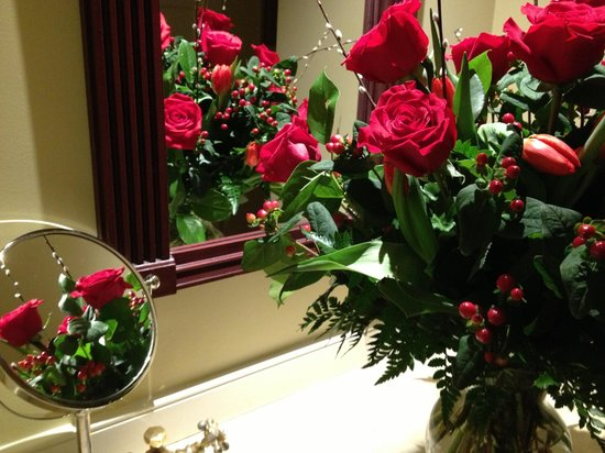 Chatham Bars Inn Resort and Spa: Happy Valentine's Day roses from my husband.