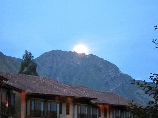 Tambo del Inka, a Luxury Collection Resort & Spa: Moon rising over the Andes