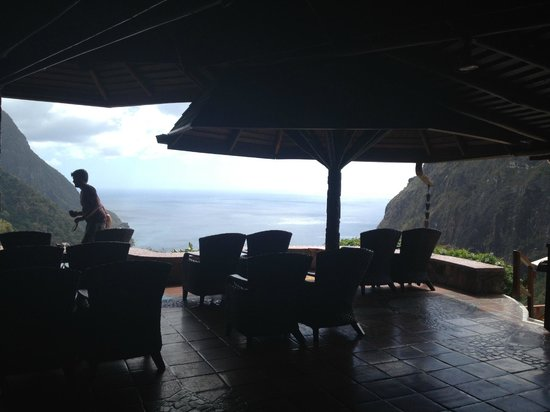 Dasheene at Ladera : View from the bar area