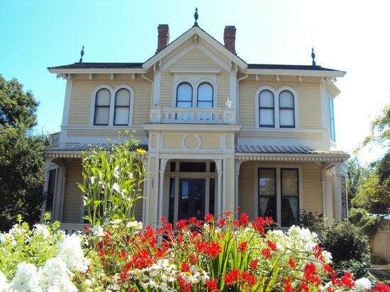 Emily Carr House at 207 Government Street, Victoria BC