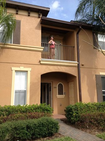 Regal Palms Resort & Spa: We had upper and lower floor with Balcony - 3 bdrm