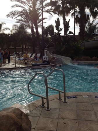 Regal Palms Resort & Spa: Waterslide into Lazy River