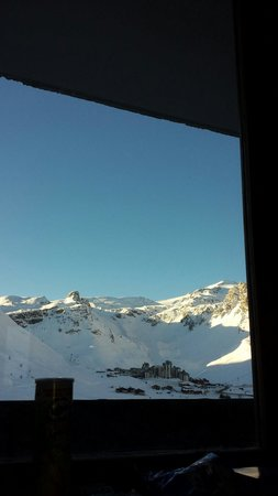 Langley Hotel Tignes 2100 : Not a bad view from bed