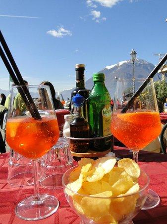 L'Orso Bar Hostaria: Spritz with a view!