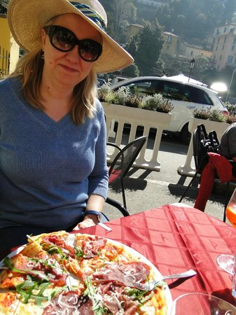 L'Orso Bar Hostaria: The pizza is great!