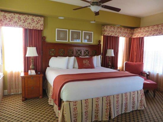 Westgate Town Center Resort & Spa: bedroom in our villa