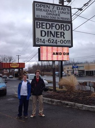 Bedford Diner: dont let the simple appearance cause you to miss GREAT FOOD!
