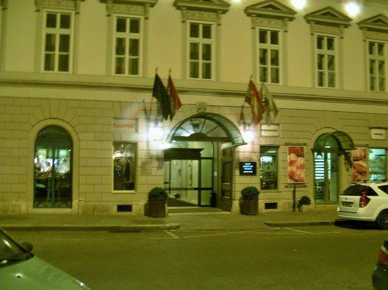 Hotel Zenit Budapest Palace: Hotel Zenita Budapest Palace