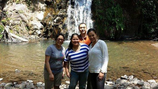 Guanacaste Viajes: Hike to the falls