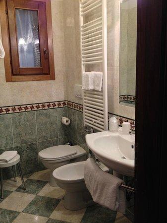Hotel Al Ponte Mocenigo : Bathroom